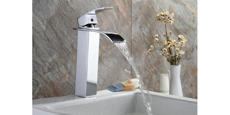 Baterie umywalkowe – co brać pod uwagę przed ich zakupem?